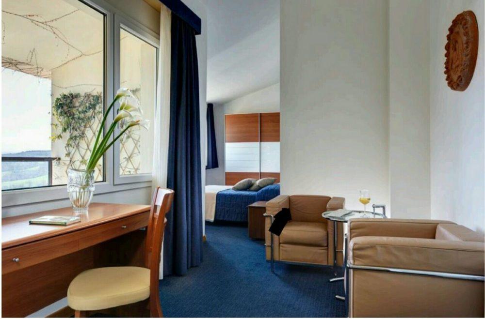 HOTEL TOSCANA05